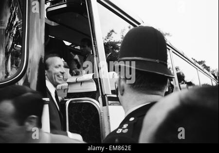 England footballer Nobby Stiles travels to Wembley with the rest of the England team from Hendon Hall hotel for - Stock Photo