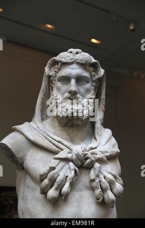 Statue of a bearded Hercules. Roman. Flavian period. 68-98 AD. Metropolian Museum of Art. NY. USA. - Stock Photo