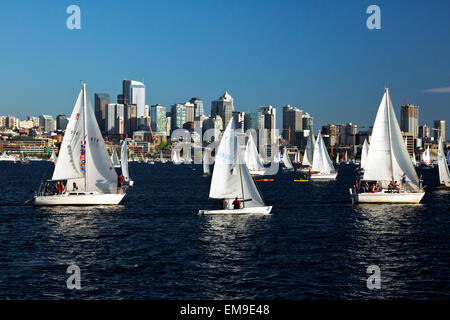 WA10387-00...WASHINGTON - The Tuesday Duck Dodge in Seattle makes for a busy evening on Lake Union. (No MR). - Stock Photo