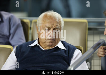 Los Angeles, California, USA. 17th April, 2015. Dodger legend Tommy Lasorda takes in the Friday night game. Credit: - Stock Photo