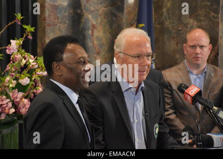 New York, USA. 17th Apr, 2015. Soccer legends Pele and Franz Beckenbauer (r) speak during a press conference at - Stock Photo