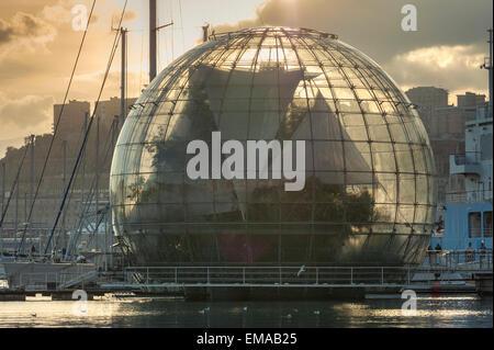 Biosfera Genoa, the Renzo Piano designed Biosfera in the harbor at Genova, Liguria, Italy. - Stock Photo