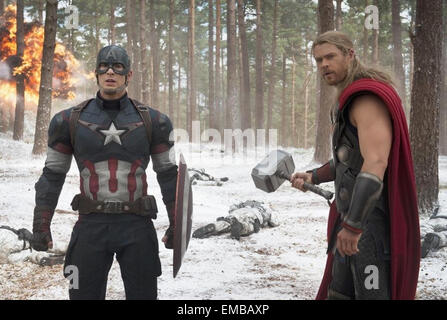 AVENGERS: AGE OF ULTRON  2015 Marvel film with Chris Evans at left and Chris Hemsworth - Stock Photo