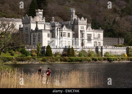 Ireland, Co Galway, Connemara, Kylemore Abbey - Stock Photo