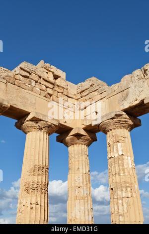Selinunte temple detail, Sicily - Stock Photo