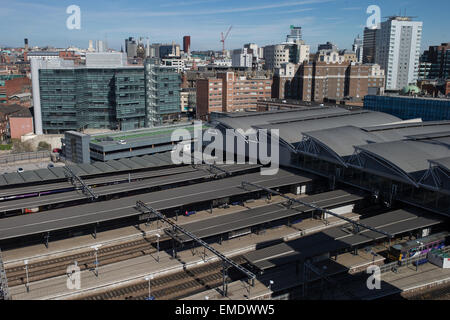 06/04/2015 . Leeds , UK . GV of Leeds Railway Station in central Leeds . © Joel Goodman/Alamy Live News - Stock Photo