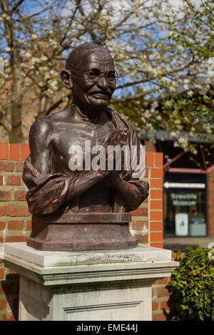 Statue of Mahatma Gandhi in the Nelson Mandela Peace Garden alongside the Streetlife Transport Museum in Hull city - Stock Photo