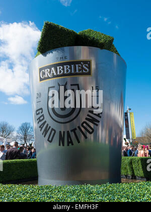 Crabbies Grand National 2015. Aintree, Liverpool, Merseyside, England, UK. - Stock Photo