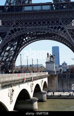 View of Jena bridge which links Eiffel Tower on Left Bank to the district of Trocadero on the Right Bank. - Stock Photo