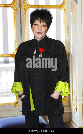 11.JULY.2011. LONDON  LIZA MINNELLI IS AWARDED WITH THE MEDAL OF OFFICER OF THE LEGION OF HONOR, BY FRENCH CULTURE - Stock Photo