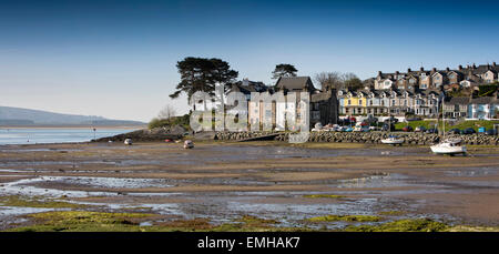 UK, Wales, Gwynedd, Porthmadog, Borth-Y-Gest, panoramic view of harbour at low tide - Stock Photo