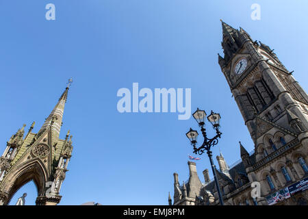 Manchester Town Hall (right) , Albert Square , Manchester - Stock Photo