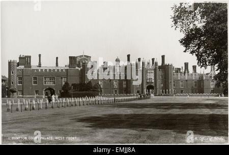 Hampton Court Palace, West Front, Borough of Richmond upon Thames, Greater London, England, UK, Postcard, circa - Stock Photo