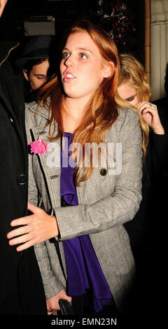 12.12.2007. LONDON  PRINCESS BEATRICE LOOKING A LITTLE WORSE FOR WEAR LEAVING MAHIKI NIGHT CLUB IN MAYFAIR AT 3.30AM - Stock Photo