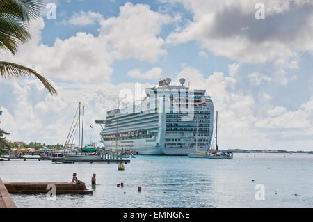 International Cruise Ship Emerald Princess anchored at Kralendijk - Stock Photo
