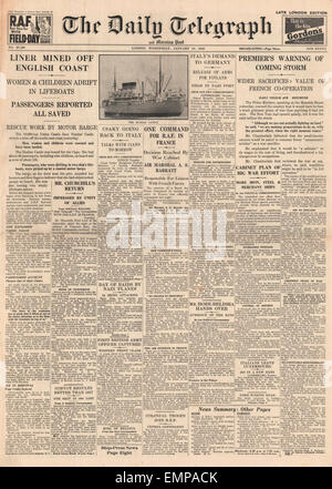 1940 front page Daily Telegraph Sinking of Dunbar Castle - Stock Photo