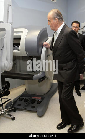 21.MARCH.2012. MADIRD  KING JUAN CARLOS AND QUEEN SOFIA AT THE OPENING OF THE 'REY JUAN CARLOS' UNIVERSITARY HOSPITAL - Stock Photo