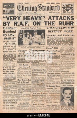 1940 front page Evening Standard RAF bombing raids over Germany - Stock Photo