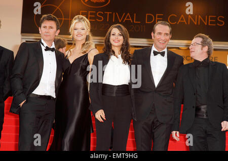 15.MAY.2011. CANNES  MICHEL HAZANAVICIUS, MISSI PYLE, BERENICE BEJO AND JEAN DUJARDIN ATTENDING THE PREMIERE OF - Stock Photo