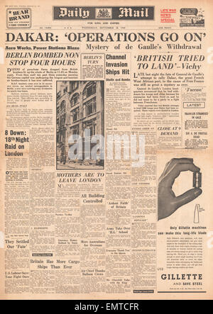 1940 front page  Daily Mail Battle for Dakar - Stock Photo