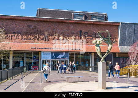 Potteries Museum and Art Gallery, Hanley, Stoke on Trent, Staffordshire, England, GB, UK, EU, Europe - Stock Photo