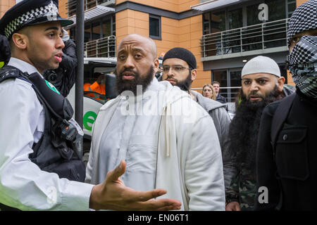 London, UK. 24th April, 2015. File Images: Islamist Abu Haleema seen here (2nd right) with Abu Izzadeen (2nd left) - Stock Photo