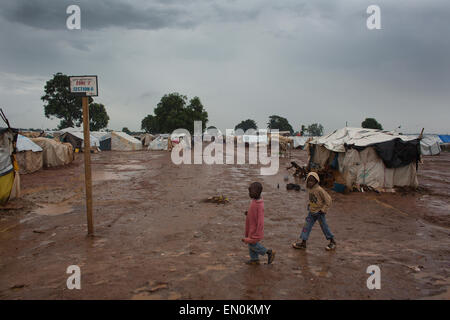 Displaced people have taken refuge in Mpoko airport in Central African Republic - Stock Photo
