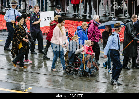 Melbourne, Australia. 25 April 2015.  Anzac Day march of veteran and serving military personnel and their descendants, - Stock Photo