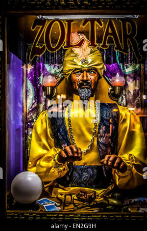 ZOLTAR, Fortune Teller Machine, Brighton Pier - Stock Photo