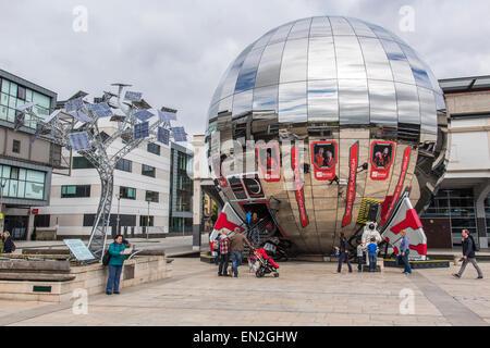 Solar panel tree and planetarium in Bristol's Millennium Square.  Bristol, UK. - Stock Photo