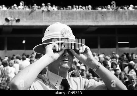 Centenary Test match between Australia and England at The MCG Cricket Ground, Melbourne, Australia. 12th March 1977. - Stock Photo