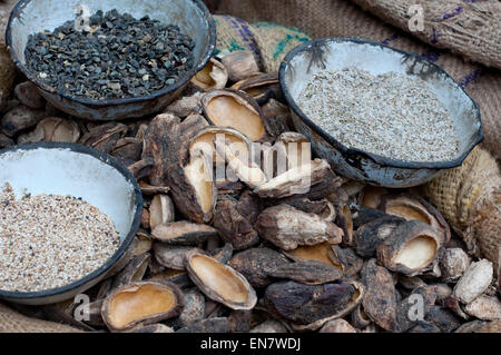 Sesame and mango seeds for sale at the market - Stock Photo