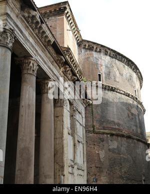 Italy. Rome. Pantheon. Roman temple. Exterior. - Stock Photo
