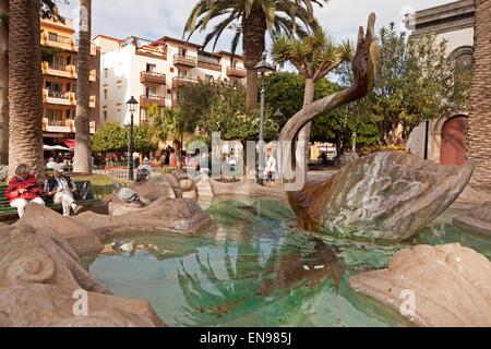 swan fountain on  Plaza de la Iglesia,  Puerto de la Cruz, Tenerife, Canary Islands, Spain, Europe - Stock Photo