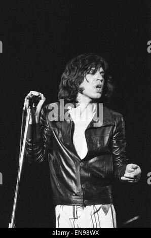 The Rolling Stones in concert at Hemisfair Plaza Arena & Convention Centre, San Antonio, Texas. Mick Jagger on stage. - Stock Photo