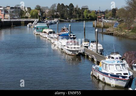 England, London, River Thames at Teddington. - Stock Photo