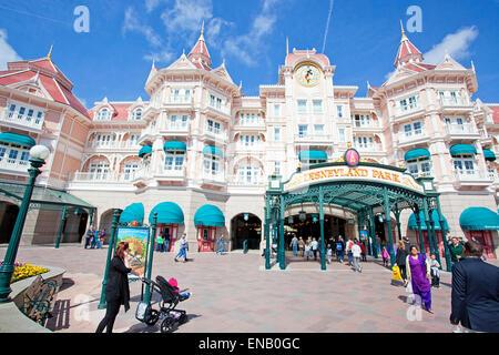 Visitors at disneyland Park, Fantasyland, Disneyland - Stock Photo
