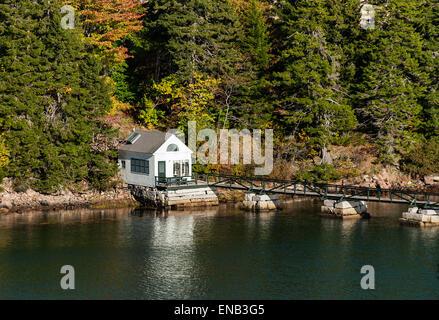 Waterfront cottage, Northeast Harbor, Mount Desert Island, Maine, USA - Stock Photo