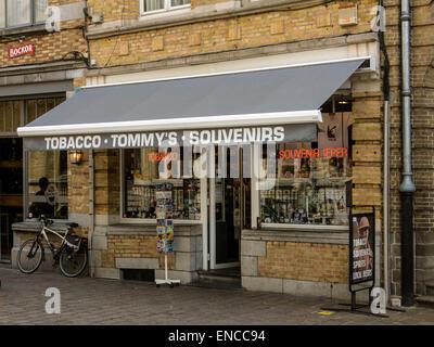 86fb82489cdd5 Ypres souvenir shop Stock Photo  64101504 - Alamy