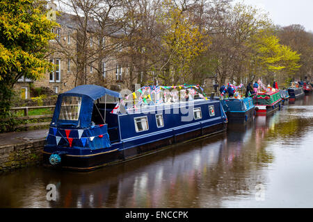 Skipton, Yorkshire, UK 2nd May, 2015. Moored boats at the Skipton Waterways Bank Holiday Festival. A three day Canal - Stock Photo