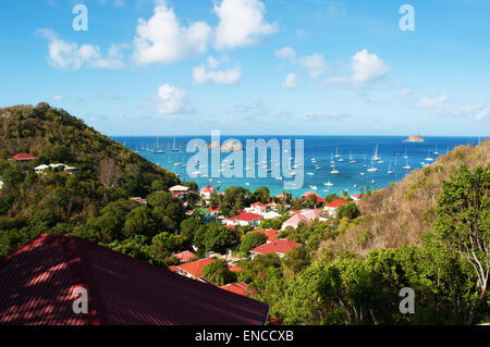 Saint-Barthélemy, French West Indies: the Caribbean Sea and the yachts anchored at the marina of Gustavia seen from - Stock Photo