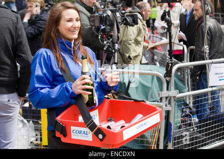 Drinks delivered to the Press outside the  Lindo Wing where the  Duchess of Cambridge gave birth to a Princess - Stock Photo
