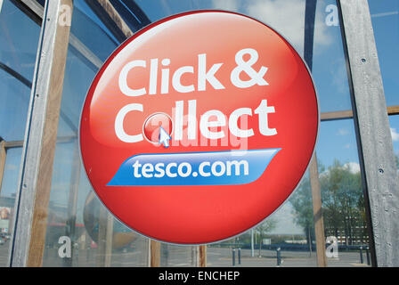 Dudley - Apr 26: View of a Tesco logo on the outside of a Extra store on Apr 26th, 2015 in Dudley, UK. Tesco has - Stock Photo