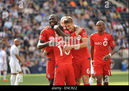 Chester, Pennsylvania, USA. 2nd May, 2015. Toronto players celebrate after scoring a goal against the Philadelphia - Stock Photo