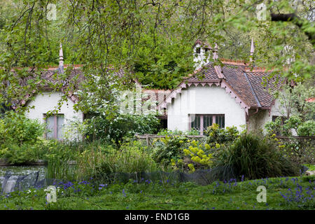 Duck Island Cottage in St James's Park London - Stock Photo