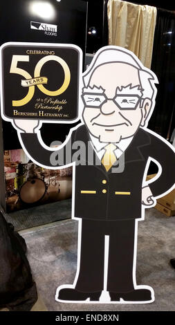 Omaha, USA. 2nd May, 2015. A stand-up display depicts US investor Warren Buffett during the annual shareholder's - Stock Photo