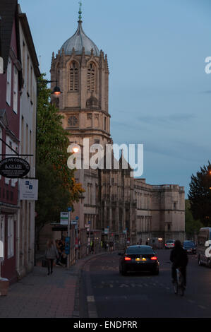 The Christ Church's Tom Tower on St Aldate's street at dusk, Oxford, England, United Kingdom - Stock Photo