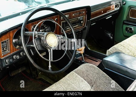 vintage car interior with retro dashboard stock photo royalty free image 77568035 alamy. Black Bedroom Furniture Sets. Home Design Ideas