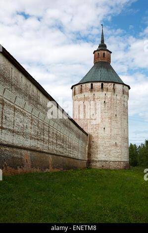 Russia, Goritsy, the tower of the Kirillo Belozersky Monastry - Stock Photo