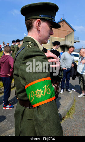 A man dressed in 1916 Irish Volunteers at a dissident republican Easter Rising commemoration in Londonderry, Northern - Stock Photo